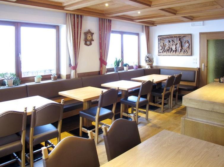 Location vacances Urtijëi - St. Ulrich in Gröden - Ortisei -  Appartement - 20 personnes -  - Photo N° 1