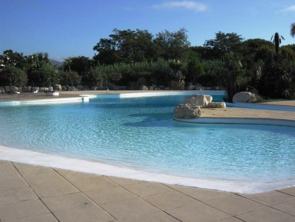 Location vacances Gassin -  Appartement - 6 personnes - Court de tennis - Photo N° 1