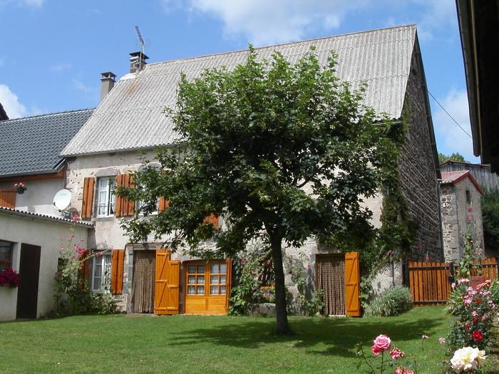 Holiday rentals Saint-Nectaire - House - 5 persons - BBQ - Photo N° 1