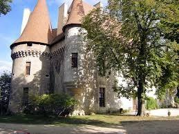 château en location saisonnière