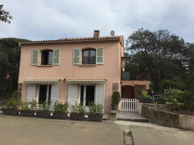 Grand Appartement T5 à 100 mètres de la Plage à Cargèse Corse du Sud