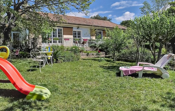 Location vacances Mornas -  Maison - 6 personnes - Barbecue - Photo N° 1