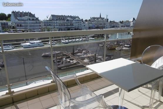 studio terrasse avec vue sur  le port du Pouliguen(SO)