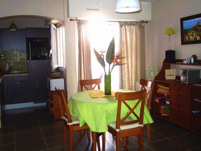 Location vacances Vallauris -  Appartement - 4 personnes - Salon de jardin - Photo N° 1