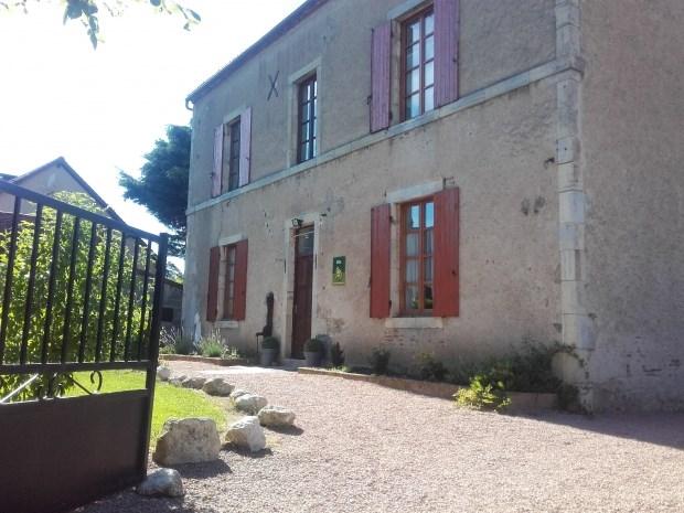 Location vacances Seuillet -  Gite - 20 personnes - Barbecue - Photo N° 1
