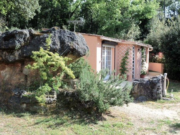Location vacances Montauroux -  Gite - 2 personnes - Barbecue - Photo N° 1