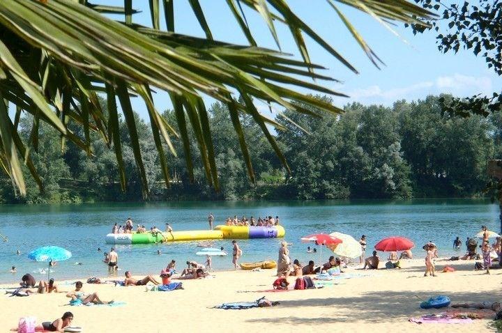 Location vacances Baudreix -  Maison - 6 personnes - Salon de jardin - Photo N° 1