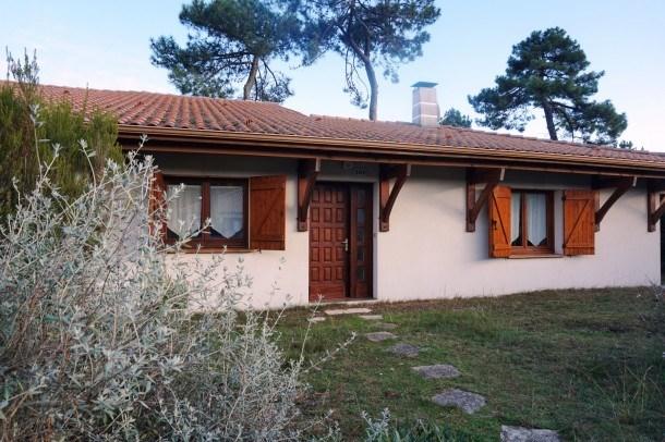 Charmante maison de plain-pied dans secteur calme et boisé (030)