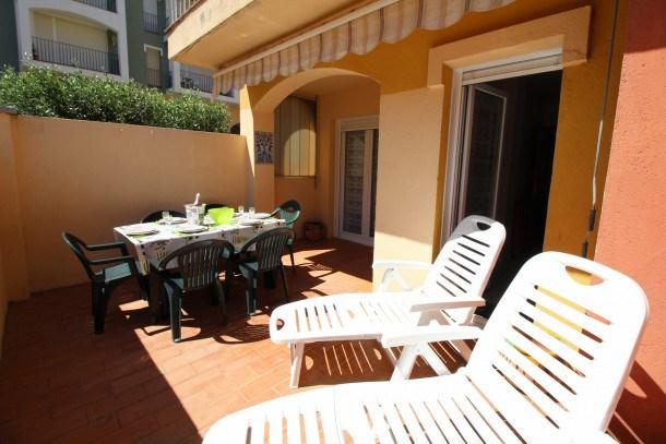 Location vacances Castelló d'Empúries -  Appartement - 5 personnes - Télévision - Photo N° 1