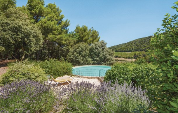 Location vacances Gigondas -  Maison - 7 personnes - Barbecue - Photo N° 1
