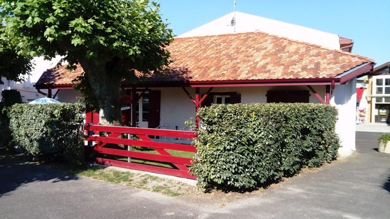 Maison Amunzateguy Catherine