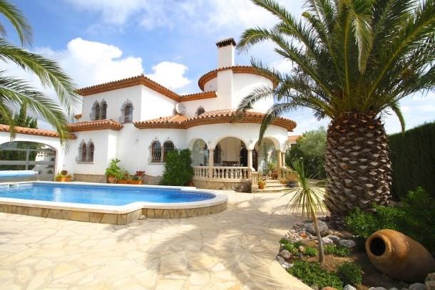 GRANADA Villa piscina, jardín, BBQ, Wifi gratis