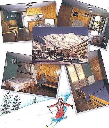 Studio situé dans un immeuble de 3 étages,9 appartements au total, à 100-150 m. des remontées et école de ski.