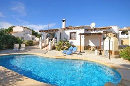 Villa OL Dia - Agréable villa de plain pied avec piscine privée, partiellement rénovée.