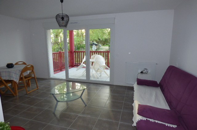 Location vacances Saint-Pierre-d'Irube -  Appartement - 2 personnes - Salon de jardin - Photo N° 1