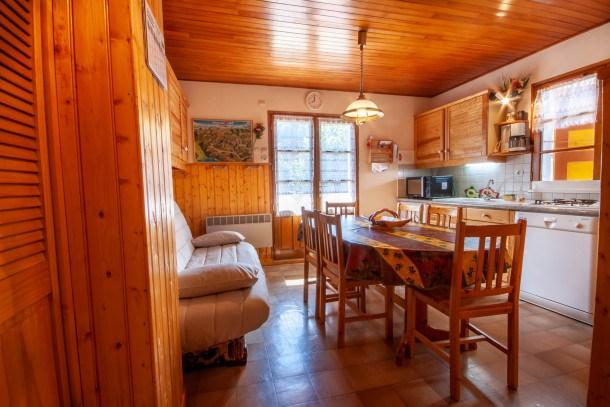 Appartement deux chambres au centre du village
