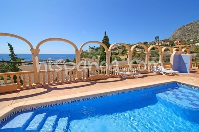 Location vacances Calp -  Appartement - 4 personnes - Chaise longue - Photo N° 1