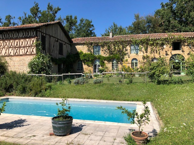 Location vacances Castelnau-Magnoac -  Maison - 18 personnes - Barbecue - Photo N° 1