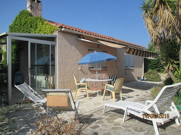 Location vacances Le Pradet -  Maison - 4 personnes - Chaise longue - Photo N° 1