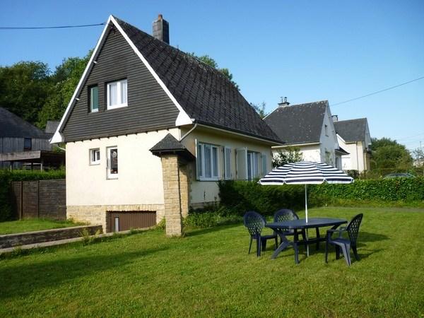 Agréable maison de vacances en Gaume