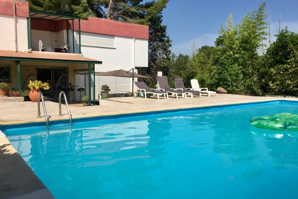 Location vacances Pinet -  Maison - 9 personnes - Barbecue - Photo N° 1