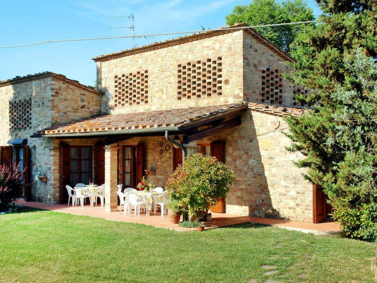 Studio pour 7 personnes à Gambassi Terme