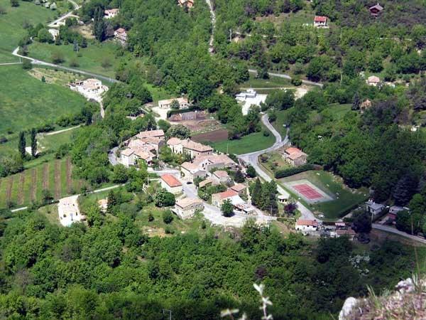 Maison de village fraîchement rénovée.
