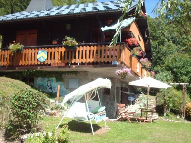 Location vacances Les Gets -  Appartement - 4 personnes - Salon de jardin - Photo N° 1