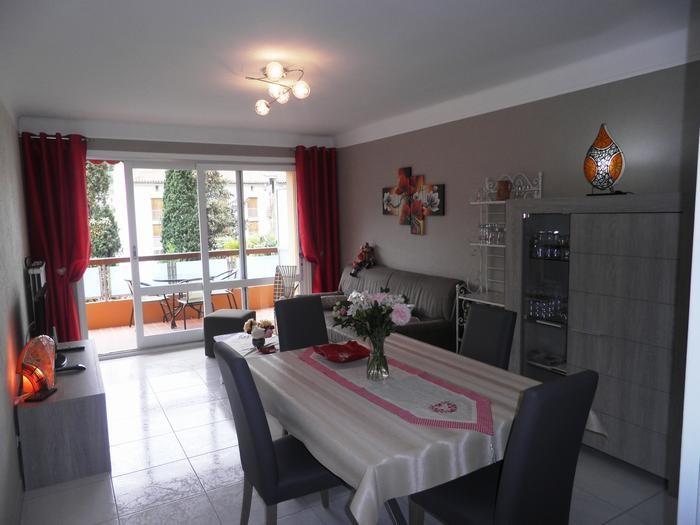 Location vacances Amélie-les-Bains-Palalda -  Appartement - 2 personnes - Chaise longue - Photo N° 1