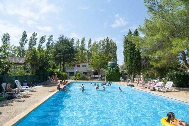 Location vacances Montblanc -  Maison - 6 personnes - Salon de jardin - Photo N° 1