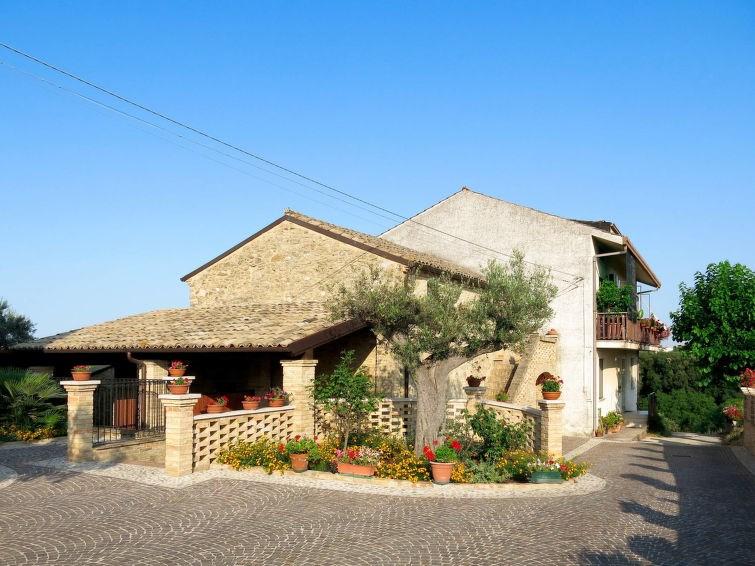 Location vacances Ortona -  Maison - 12 personnes -  - Photo N° 1