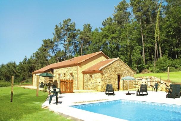 Maison de vacances Blanquefort sur Briolance 10 pers