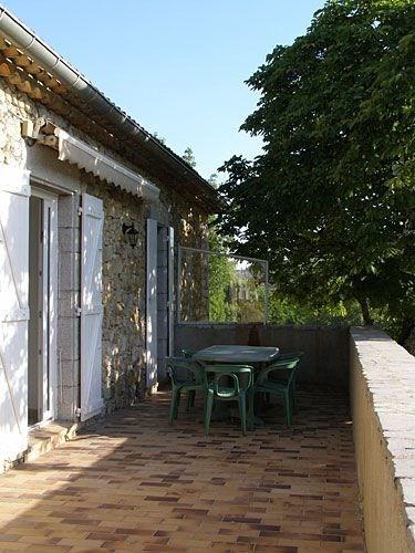 Le Village de Gîtes comprend 20 locations réparties dans le château et ses dépendances. Tous les ...