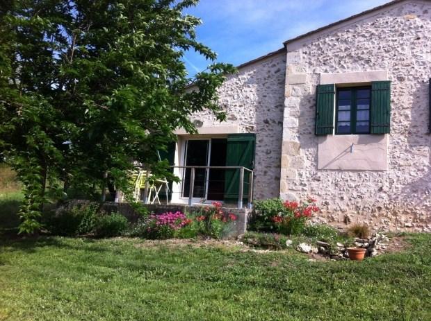 Gîte 2-4 personnes Dordogne - Gironde - Lamothe-Montravel