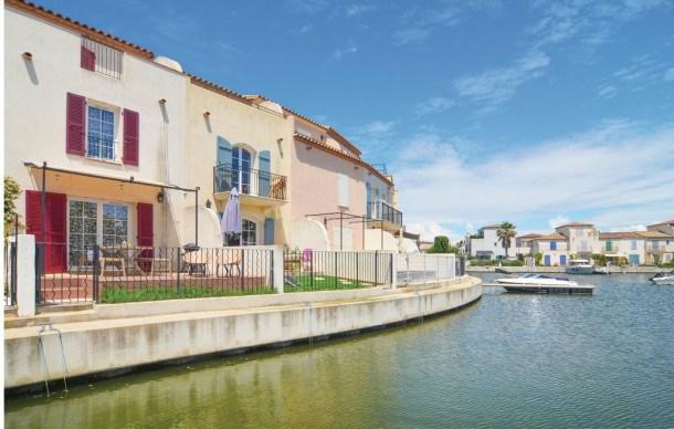 Location vacances Aigues-Mortes -  Maison - 6 personnes - Télévision - Photo N° 1