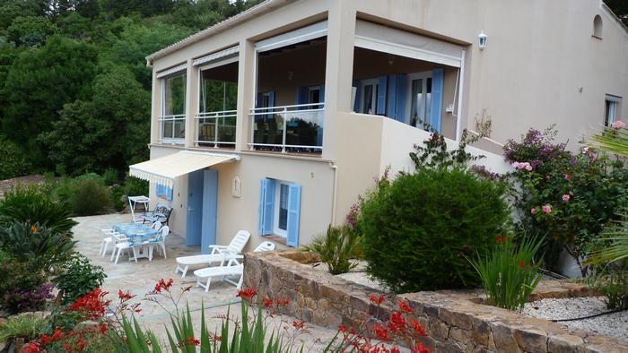 Alquileres de vacaciones Pietrosella - Apartamento - 4 personas - BBQ - Foto N° 1
