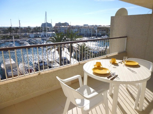 0157-PORT GREC Apartment with canal and sea view