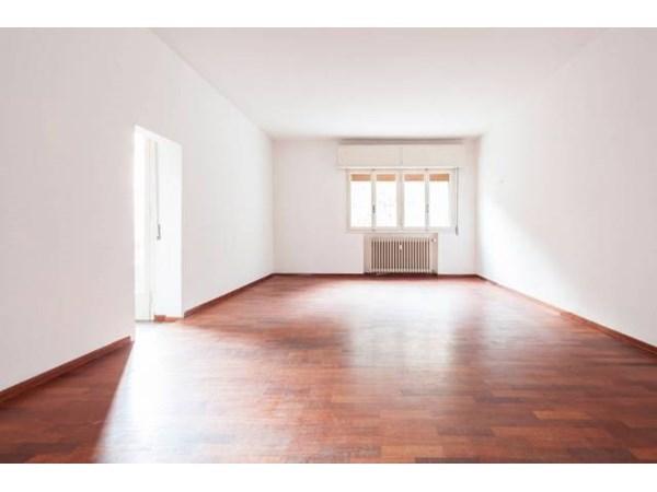 Vente Appartement 5 pièces 153m² Bologna