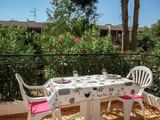 Location vacances Saint-Cyr-sur-Mer -  Appartement - 2 personnes - Barbecue - Photo N° 1