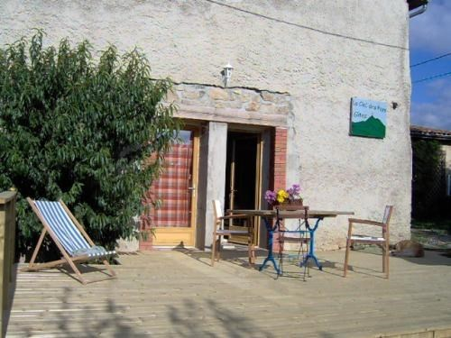 LE FOREZ : Gîte Handicapés en Livradois-forez ( Parc Naturel Régional) - Sermentizon