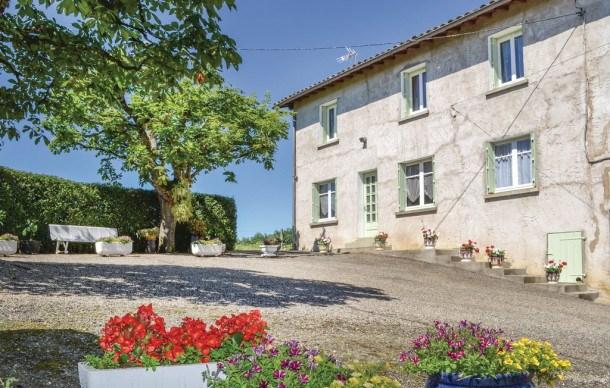 Location vacances Durfort-Lacapelette -  Maison - 6 personnes - Jardin - Photo N° 1