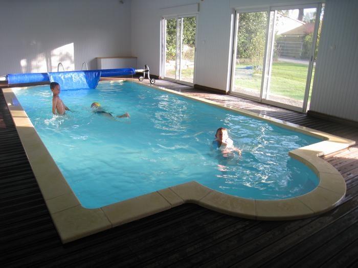 piscine privé  à 27°aux normes semi collective