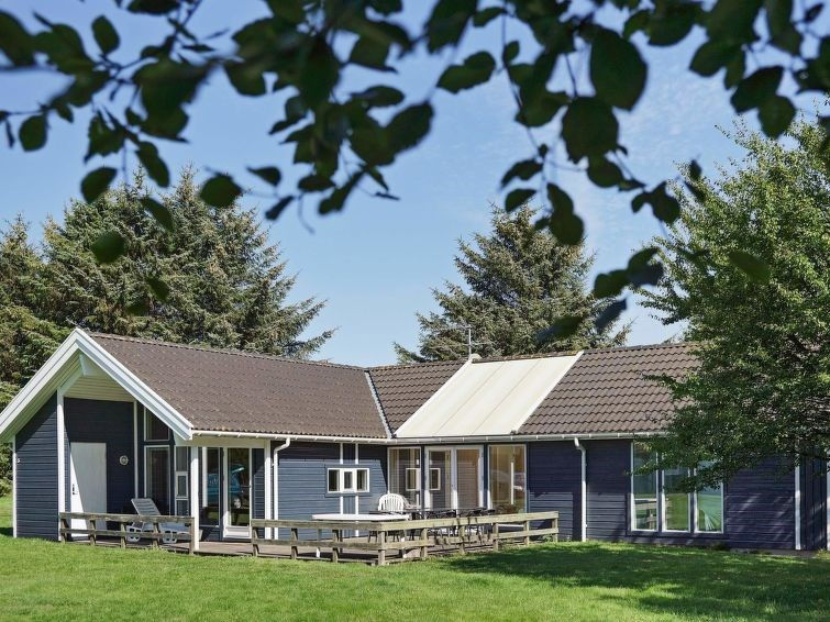 Maison pour 12 à Åkirkeby