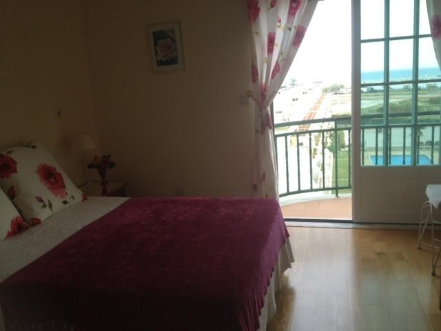 Location vacances Quarteira -  Appartement - 4 personnes - Radio - Photo N° 1