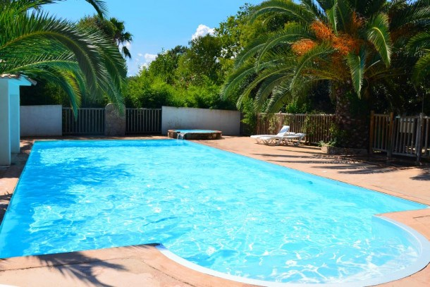 Location vacances Prunelli-di-Fiumorbo -  Maison - 5 personnes - Court de tennis - Photo N° 1