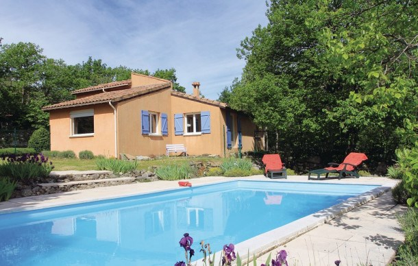 Location vacances Mayres -  Maison - 7 personnes - Barbecue - Photo N° 1