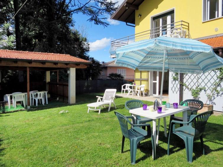 Location vacances Porto Valtravaglia -  Maison - 12 personnes -  - Photo N° 1