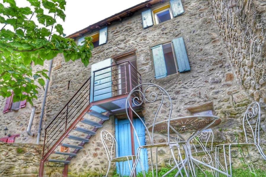 Location vacances Escaro -  Maison - 5 personnes - Barbecue - Photo N° 1