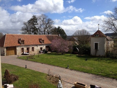 CHARMING COTTAGE 4 stars CINEMA & SPA, ALL-INC - Auxerre