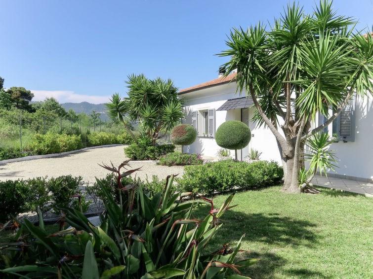 Location vacances San Bartolomeo al Mare -  Appartement - 6 personnes -  - Photo N° 1